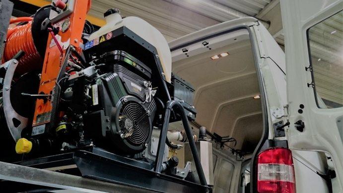 V roce 2017 jsem instaloval nejnovější stroj Holandské firmy Eurom do vozu WV Trasporter. Jeden z prvních zásahů při havárii kanalizace byl s tímto strojem proveden ve Vysokém Mýtě.